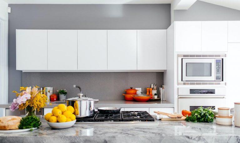 Ostre noże to niezbędne narzędzia kuchenne ułatwiające wiele czynności