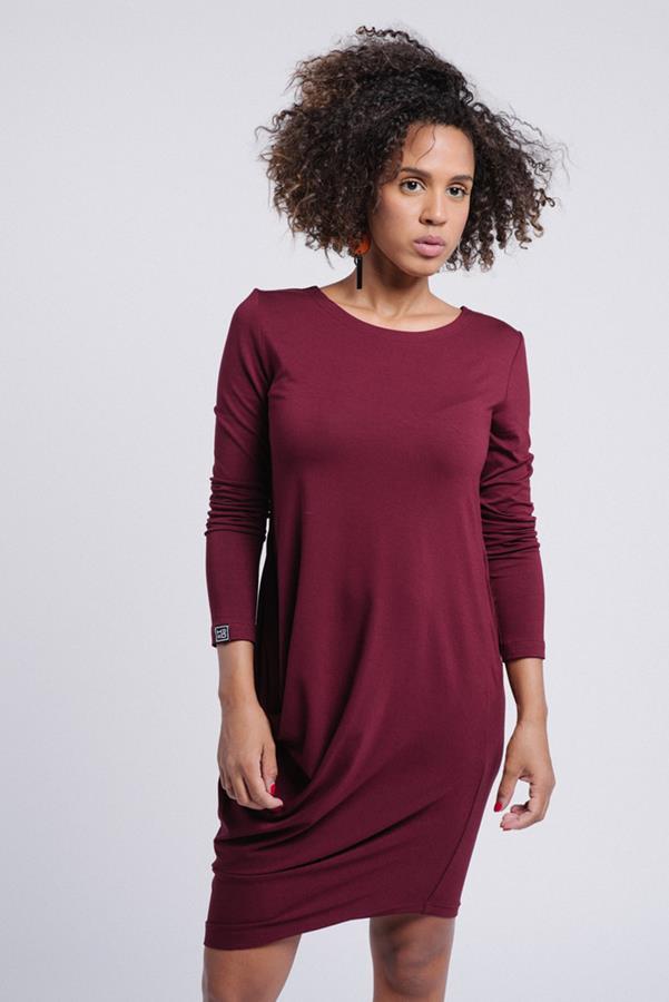 Co warto wiedzieć o sukienkach z wiskozy?
