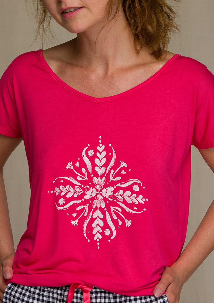 Wybór piżam damskich z doskonałych materiałów